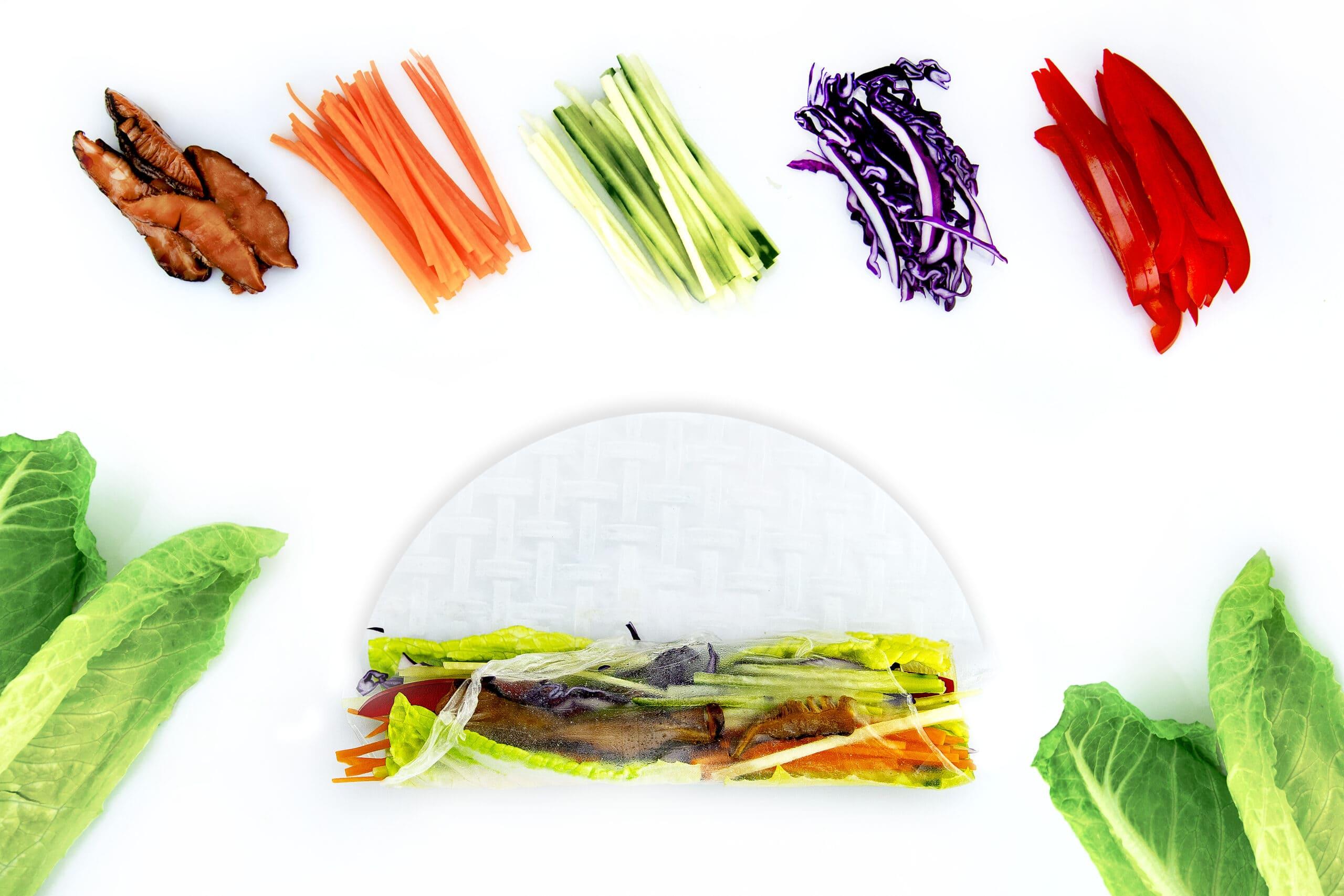 Інгредієнти для спрінг-роли з овочами в рисовому папері