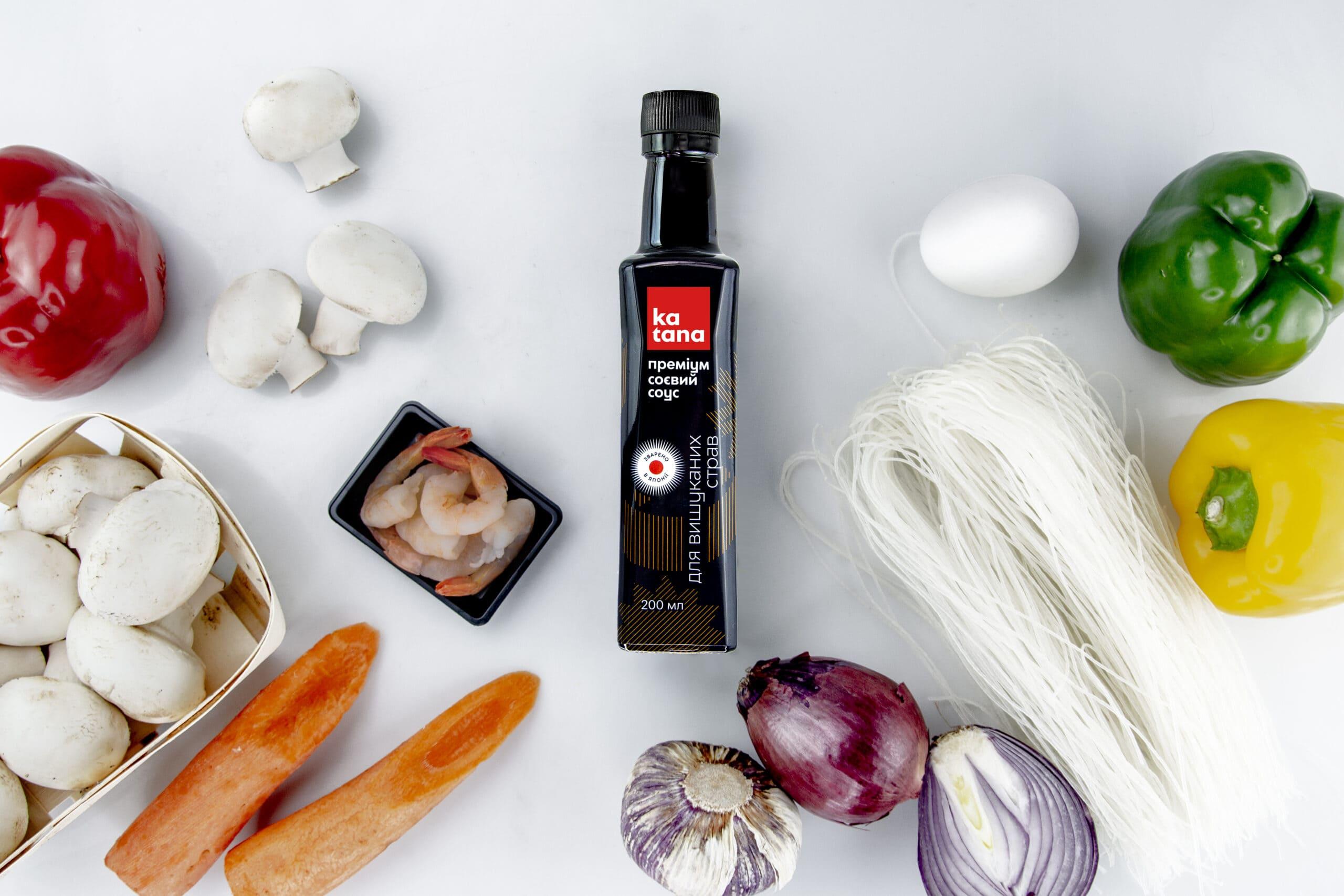 Ингредиенты для жареной лапши с креветками