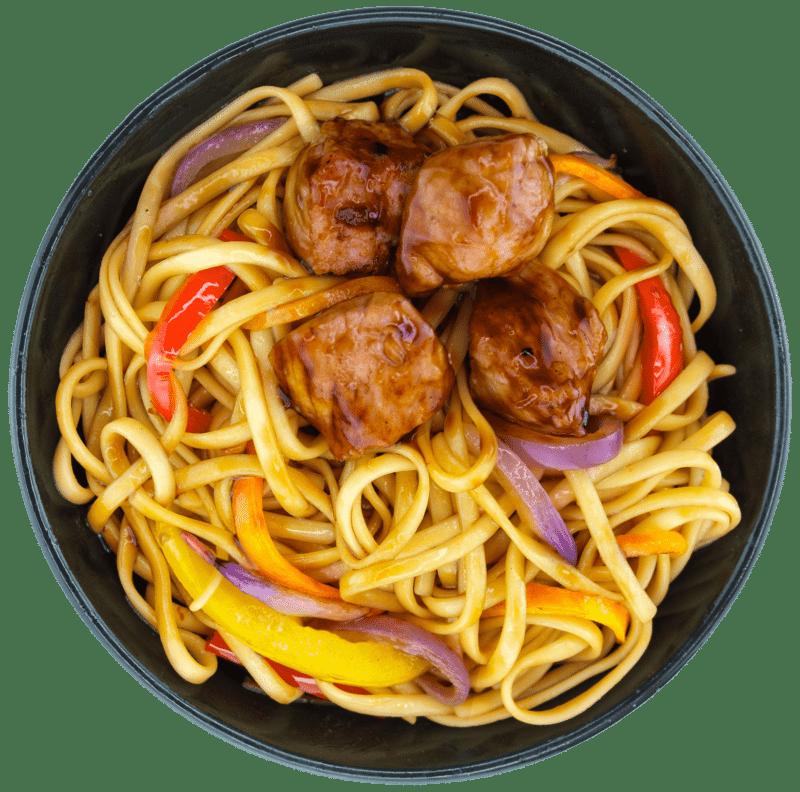 Удон зі свининою та овочами